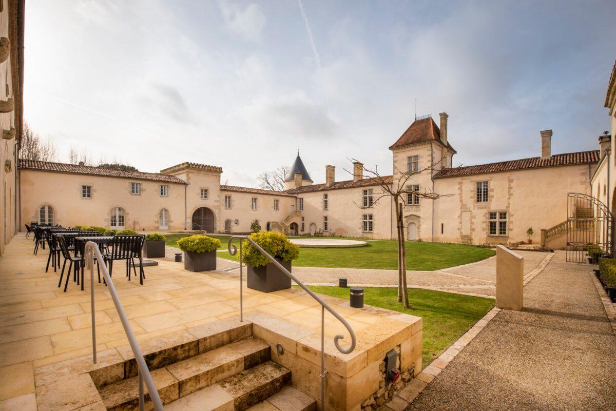 Chateau Malromé Cours